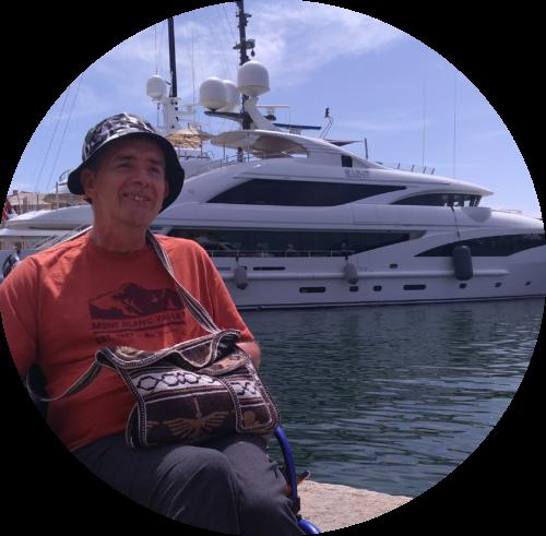 Accompagnatrice handicap voyages Côte d'Azur